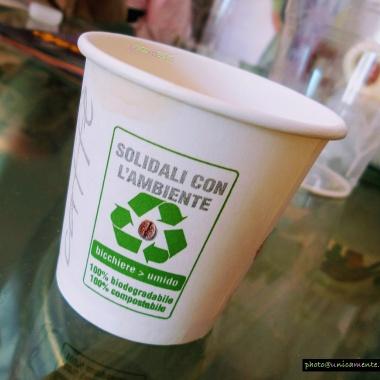 Bicchierino caffè salva ambiente